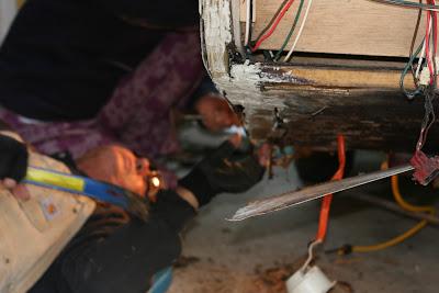 Infiltration d'eau Soyez vigilant !!! Faite vos inspections rigoureusement Camper+and+Tortilla+Bake+006