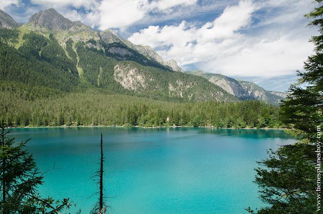 Lago di Tovel viaje Italia montaña paisaje ruta