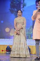 Actress Rakul Preet Singh Stills in Golden Embroidery saree at Rarandoi Veduka Chuddam Audio Launch .COM 0025.jpg