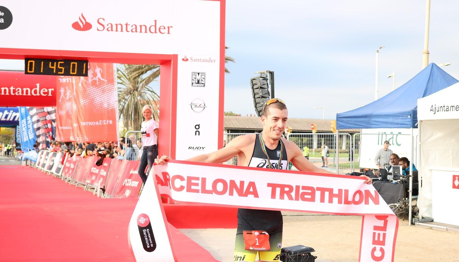 Fernando Alarza vence la Barcelona Triathlon Barcelona