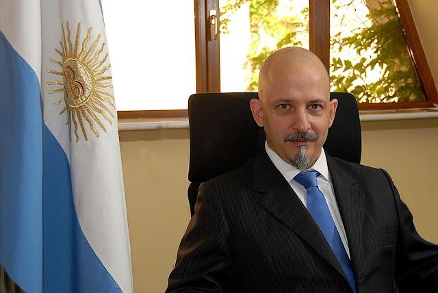 Embajador Argentina Gonzalo Uriolabeiti inversor Armenia