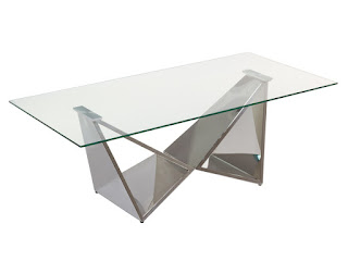 mesa de centro en acero plateado y cristal