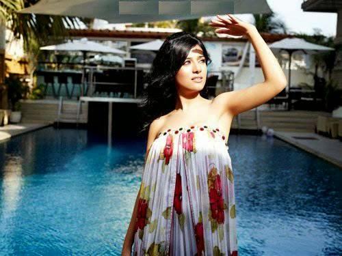 Amrita Rao Chilling-off near Swimming Pool