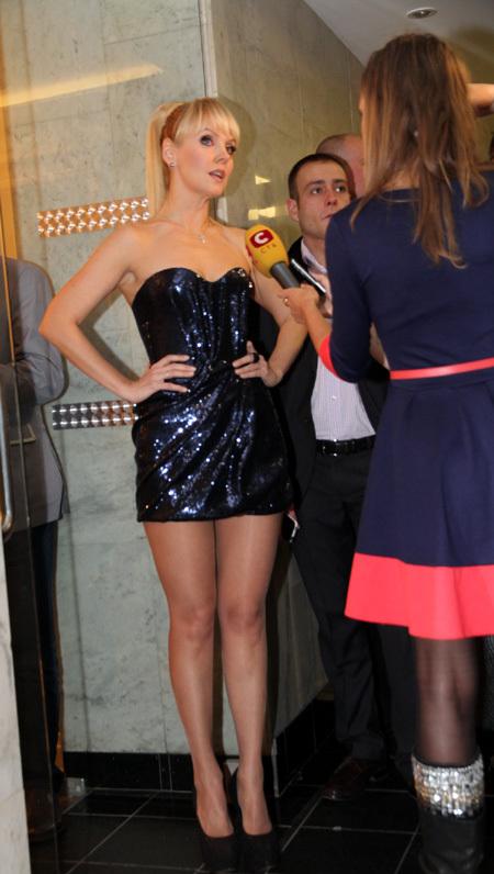 Шикарная, валерия снялась в эротической фотосессии для Maxim, Апрель 2008