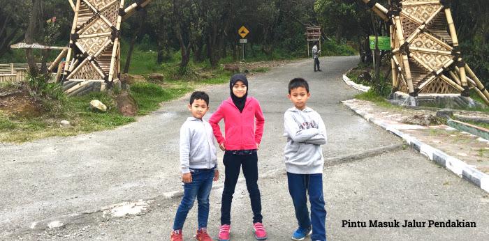 Berlibur Bersama Anak Ke Gunung Papandayan