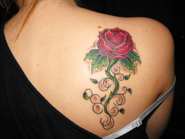 Allentryfashionupdates: Rose Tattoos