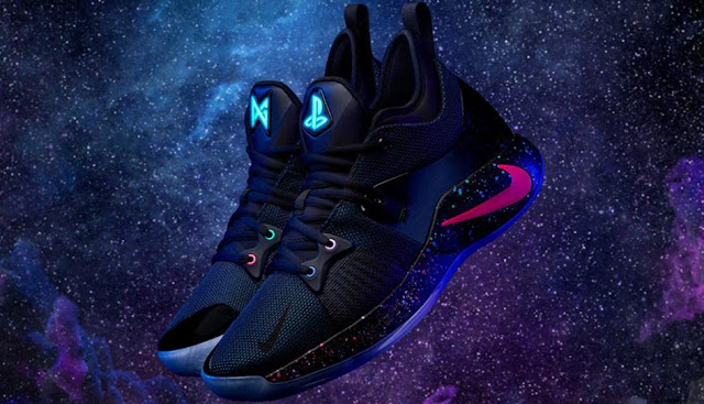 Nike telah mengumumkan kolaborasi dengan PlayStation dan NBA All Nike PG-2 PlayStation Colorway adalah sepatu pelatihan yang harus dimiliki oleh para gamer