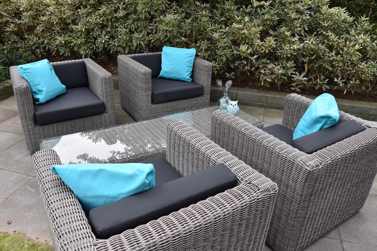 Arbrini design tuinmeubelen for Decoratie voor terras