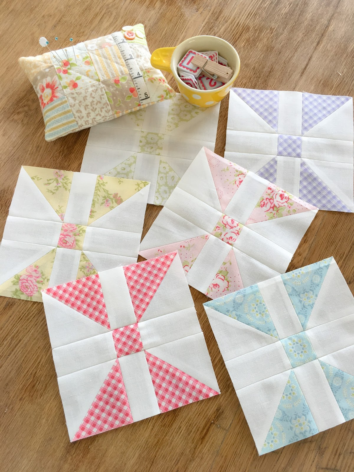 Carried away quilting february diamond panes blocks for Salon patchwork