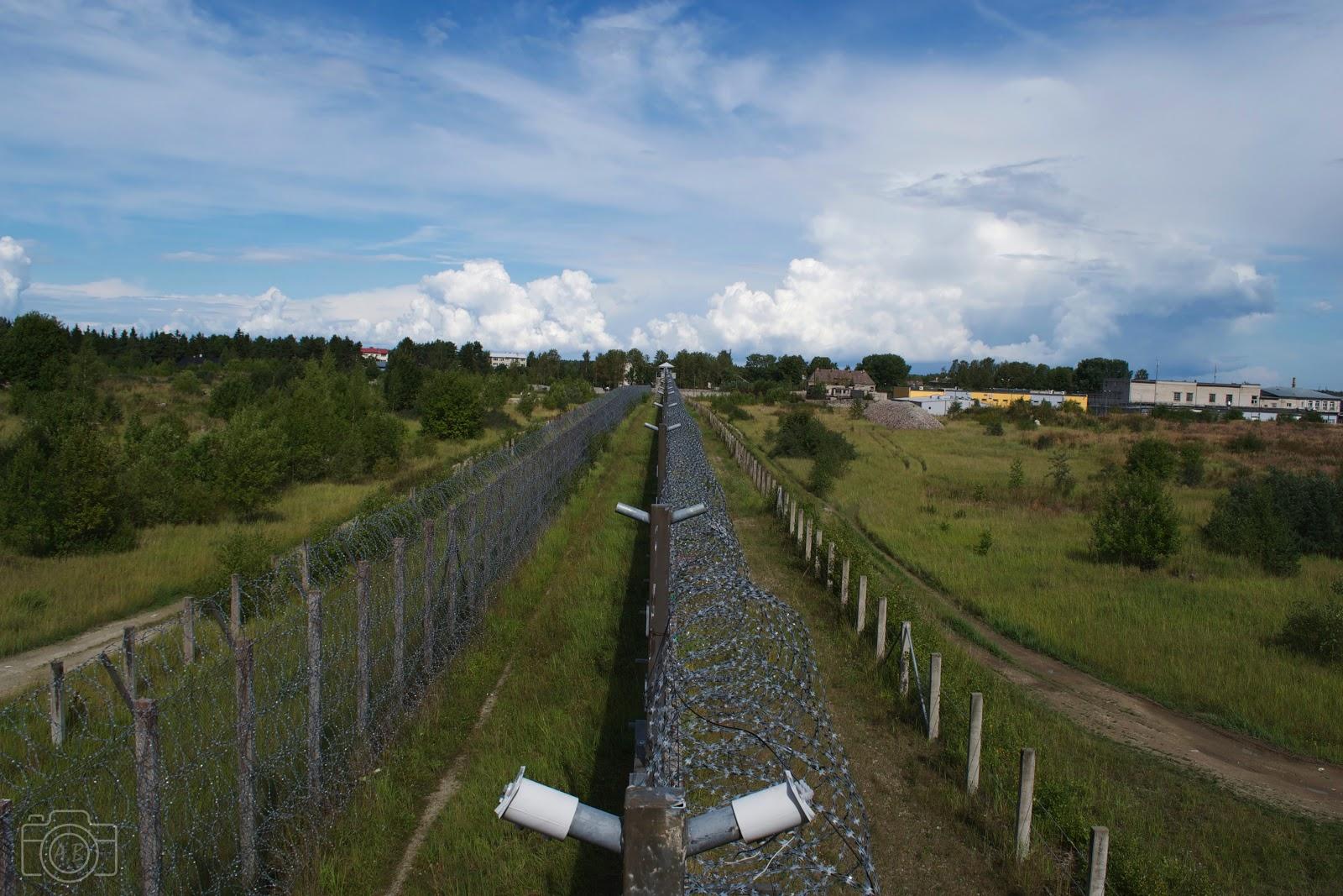 Prison de Rummu, mur barbelé