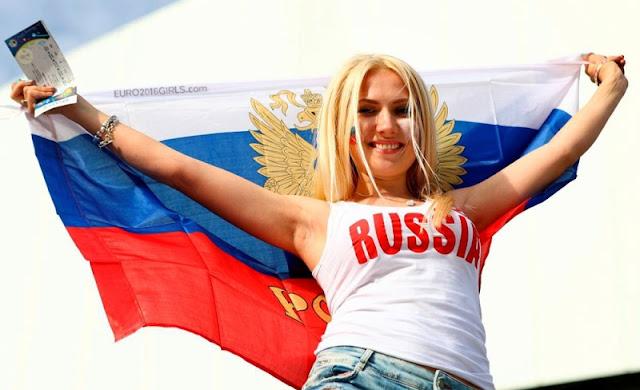 pendukung cantik dan seksi dari Rusia