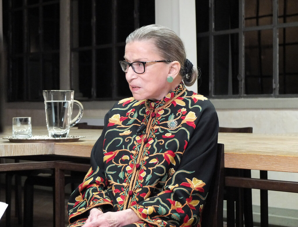 Ruth Bader Ginsburg Supreme Court Justice Fractures 3 Ribs In Fall
