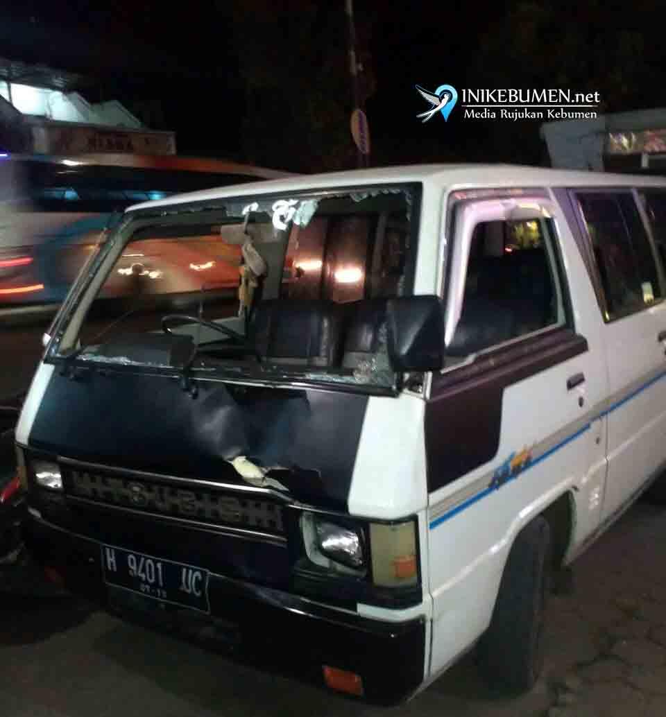 Becanda di Jalan, Pelajar SD Tewas Ditabrak Mobil Pembawa Rombongan Silaturahmi