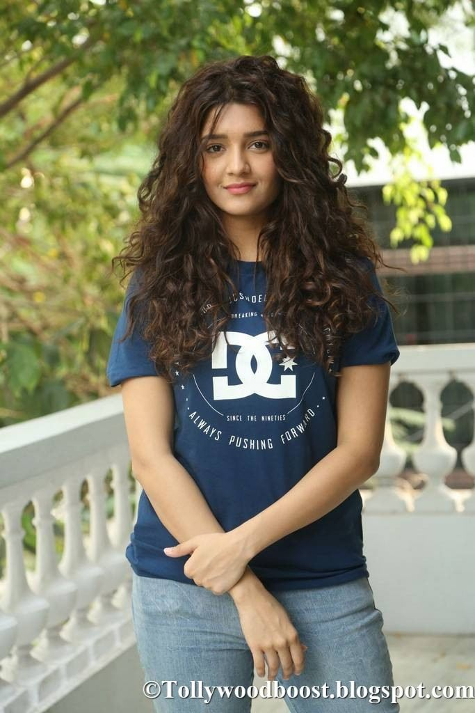 Actress Ritika Singh Stills At Movie Interview In Blue T Shirt Jeans