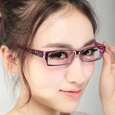 Hasil gambar untuk orang memakai kacamata