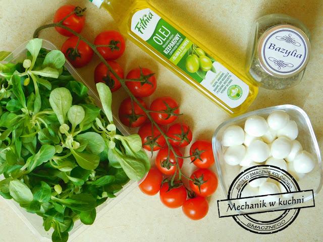 Sałatka Italiana włoska sałatka na grilla grillowa italiana salat olej rzepakowy z oliwą z oliwek firmy Fitia Fithia bielmar bielsko biała praca darmowe próbki dla blogerów wiosenna sałatka z roszponką mozzarellą i bazylią