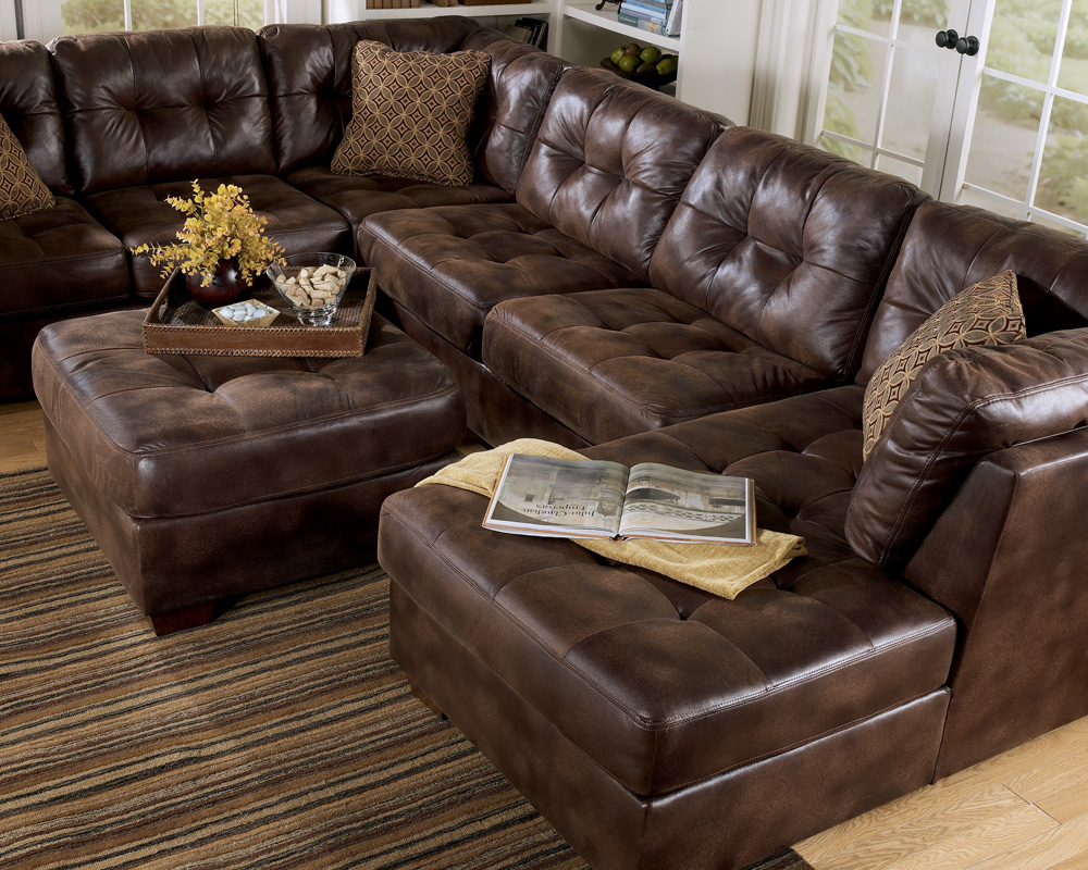 frontier canyon chaise sectional by ashley furniture frontier canyon chaise sectional review. Black Bedroom Furniture Sets. Home Design Ideas