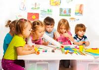 Anak usia dini adalah anak yang berusia antara  Pendidikan Anak Usia Dini (PAUD)