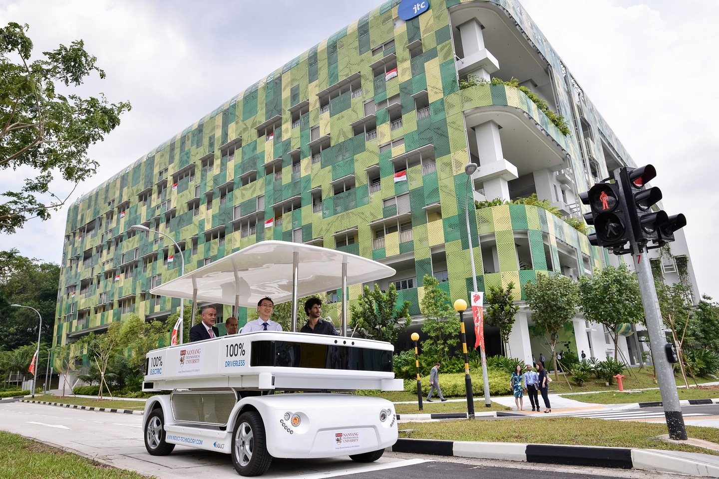 Singapore recently unveiled NAVIA, the first driverless electric shuttle that will transfer passengers using intelligence systems and software.