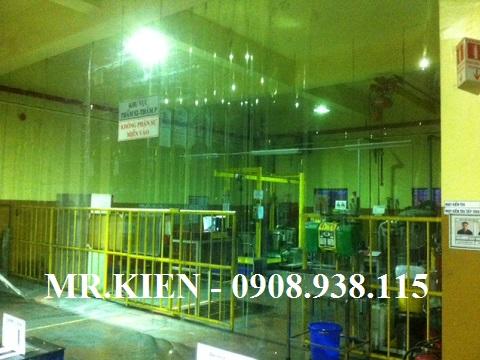 Vách nhựa chống bụi nhà xưởng Fuji Carbon Đồng Nai