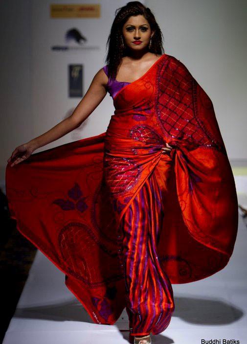 SL Hot Models: Aruni Rajapaksha Red