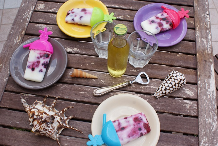diy popsicles yogurt fruit