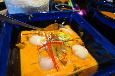 Sawadee Thai, panaeng roast duck curry