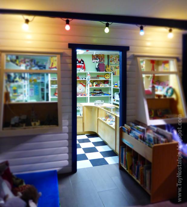 Toy Shop Museun Grundarfjördur Kirkjufell Island Emil Kaffi