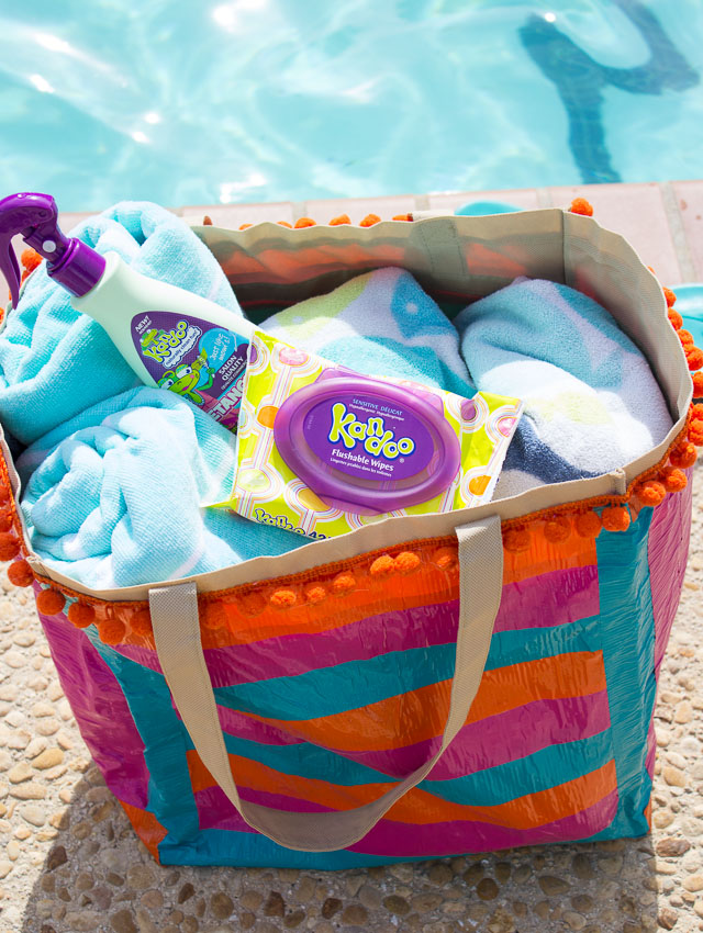 How To Pack For The Pool 10 Bag Essentials
