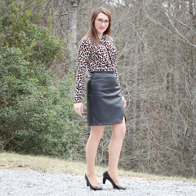 Faux Leather Skirt // Leopard Top // Black Pumps // Work Wear