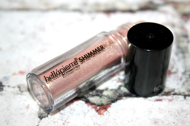 GlossyBox - All That Glitters Bellapierre Shimmer Roll