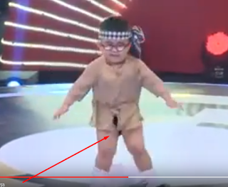Lihat Lucunya Anak Kecil Menari Oppa Gangnam Style Sampai Celananya Melorot, Dijamin Bikin Ngakak