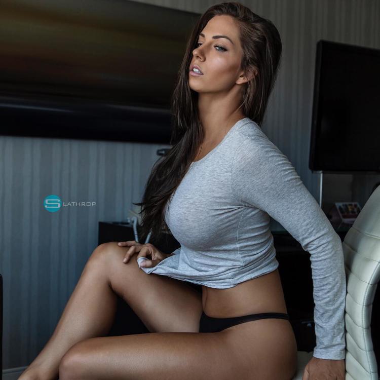 Janna Breslin Fitness Model
