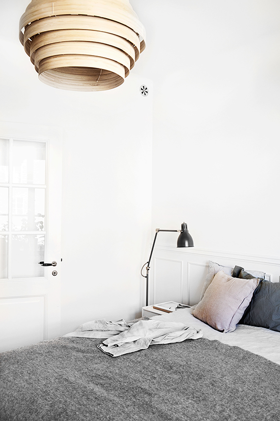 Scandinavian bedroom via Fantastic Frank