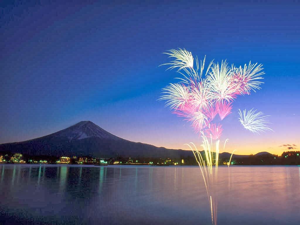 Firework For Free Desktop Wallpapers