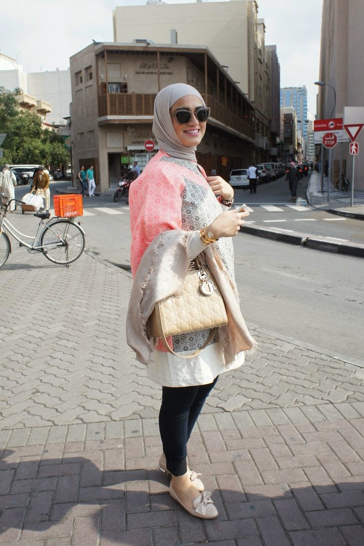 Dubai Street Style That Keeps Close To Hijab Hijab Style