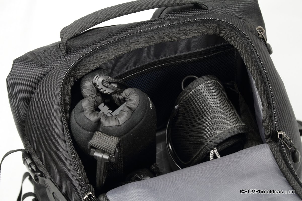 Case Logic DSB-103 top compartment loaded w/ panorama head, P&S camera and lens hoods