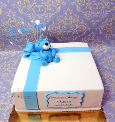 tort na chrzest prezent