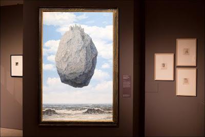 'El castillo de los Pirineos' de Magritte
