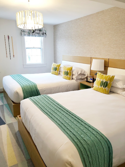 marthas-vineyard-hotel-summercamp-lark-oak-bluffs