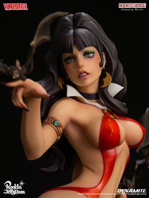 La Mamegyorai ci propone per la linea Super Mixture Model la statica di Vampirella