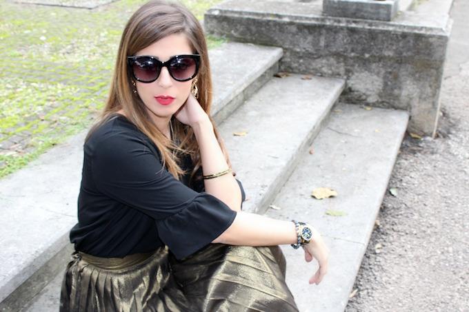 newest collection 58e93 9091b Gonna a pieghe dorata: come indossare questo trend | Cosa Mi ...