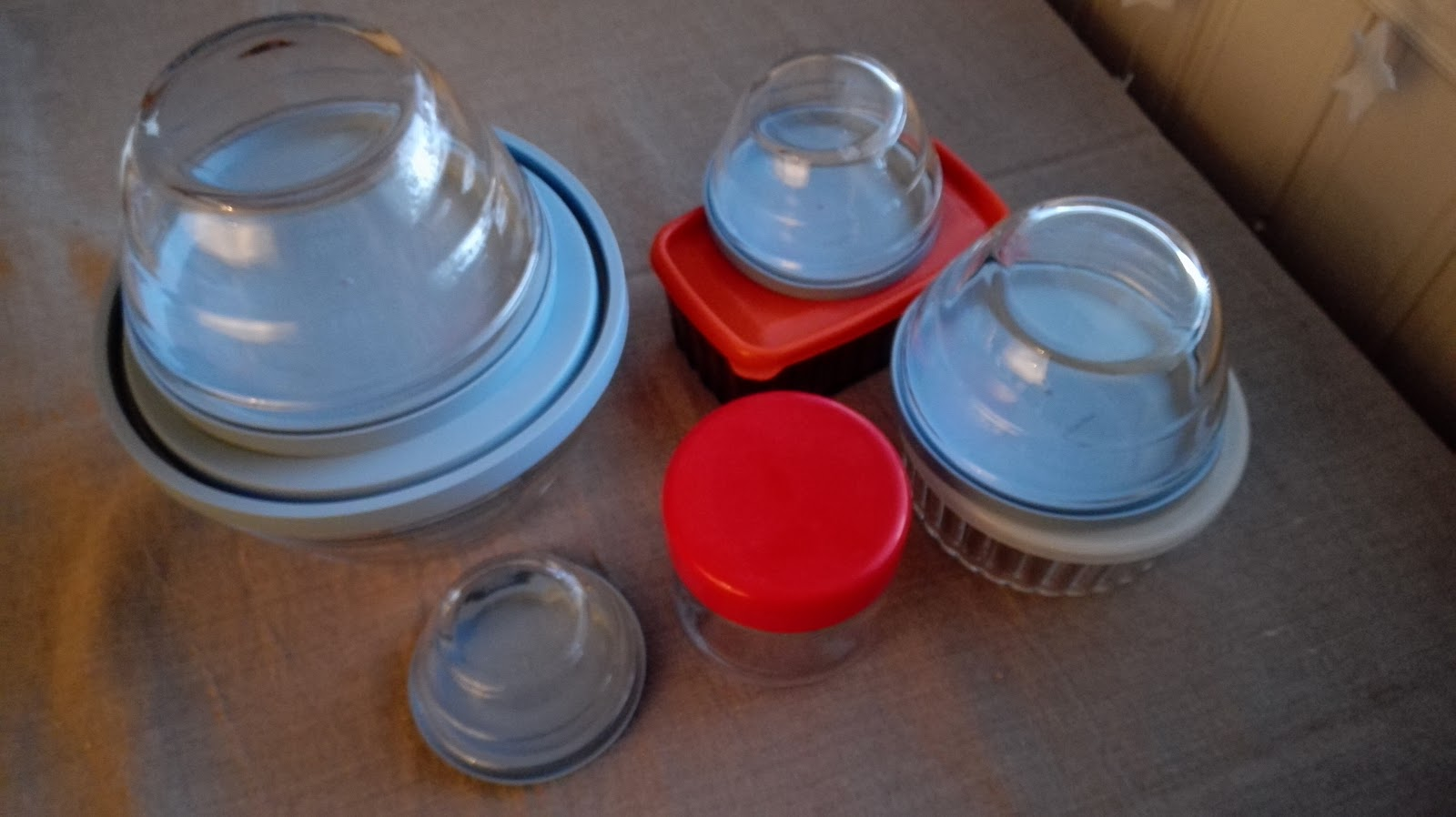 Storing Food In Glass Containers In Market