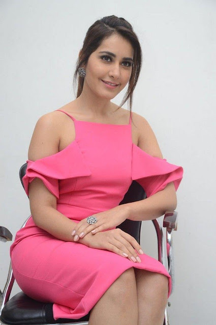 Rashi Khanna Sexy Picture In Pink Dress