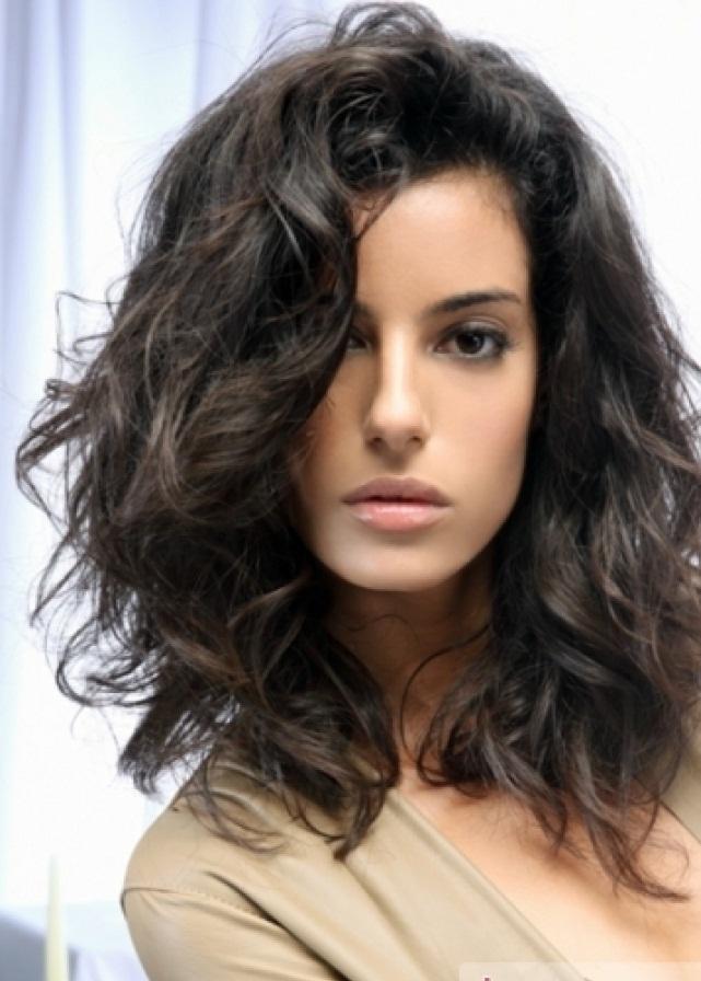 CUTE SHORT HAIRSTYLES ARE CLASSIC: Medium short hairstyles