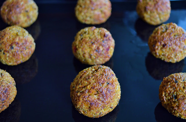 Cooked Cashew and Sunflower Bites