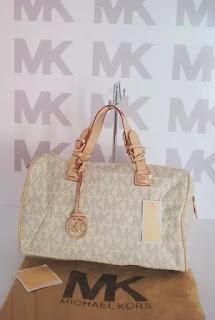 Donde comprar bolsas clon Mexico, Bolsa clon MK