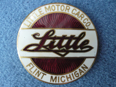 LITTLE Flint radiator emblem badge