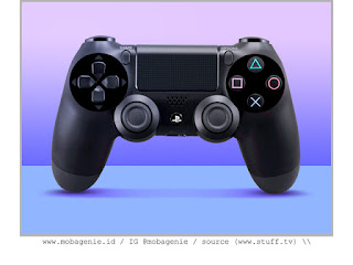 PLAYSTATION 4 DUALSHOCK 4 (2013)