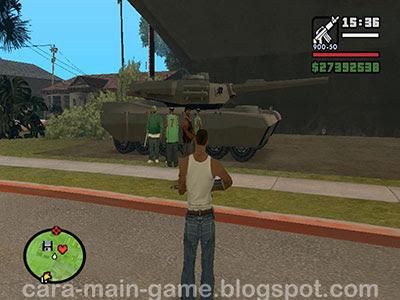 "Tank ""Rhino"" di bawah jembatan Grove Street"